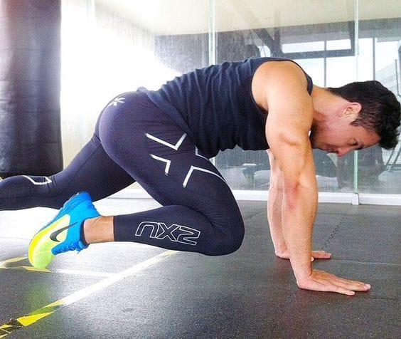 縄跳びを飛ぶだけで全身運動:体幹(インナーマッスル)への効果