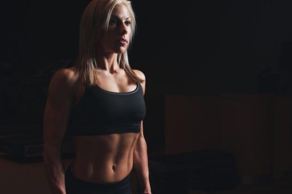 腹筋女子になるために縦線・縦ラインが入った腹筋を作るトレーニングと合わせてすると効果的なトレーニング