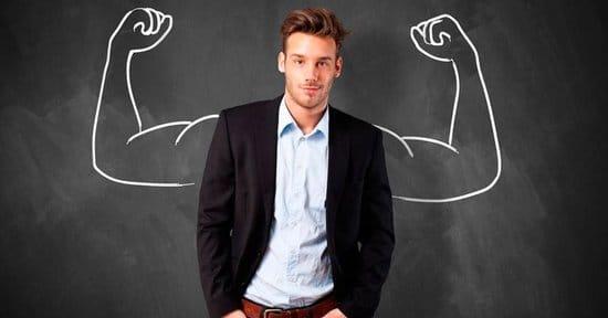 三角筋の効果的な鍛え方。肩幅が広い男の筋トレメニューとストレッチ方法