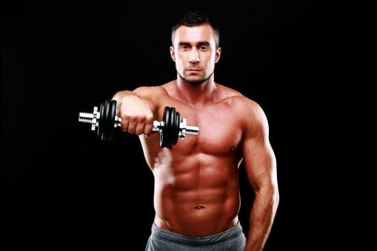 広い肩幅を手に入れるために効果的な三角筋の筋トレメニュー