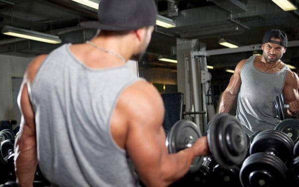腕を太くしたいなら上腕三頭筋の筋トレをおすすめする理由