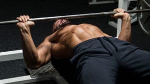 大胸筋のストレッチ以外にも様々な可動域を意識したトレーニング「POF法」