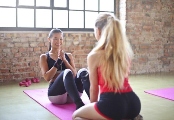 自宅で簡単にできる腹筋トレーニング8選