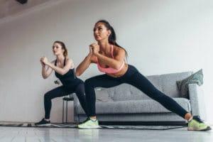 ランジは股関節の柔軟性がより向上する