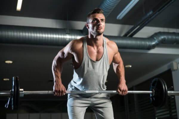 テストステロン値を増やす方法①筋トレをする