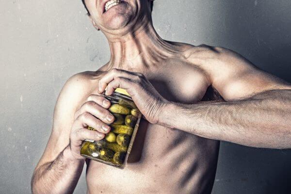 オーバーワークの兆候①筋トレをしているのに筋力が前よりも弱く感じる