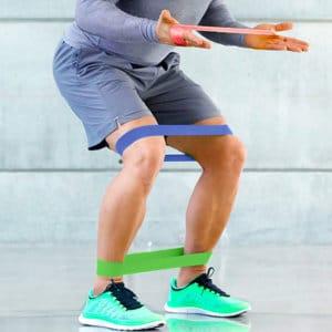 力を抑制し、ゴムチューブを緩める際は、ゆっくりと動作する(ネガティブ動作)