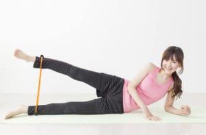 膝関節チューブトレーニングの効果について