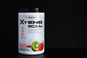 BCAAはサプリメントとして優秀だが、食事の代わりにはプロテインがおすすめ
