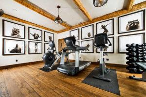 ホームジムの作り方のポイント③「自宅のスペースと用意するトレーニング器具の大きさを考える」
