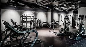 家トレのデメリット③「ジム並みの本格的なトレーニングに取り組むことが難しい」