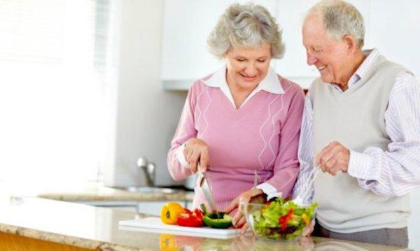 高齢者が筋トレをすることで得られる効果⑥:食欲が増加する
