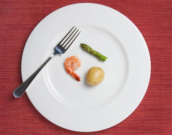 筋肉がつかない理由⑦「筋肉の材料となる食事が不足している」