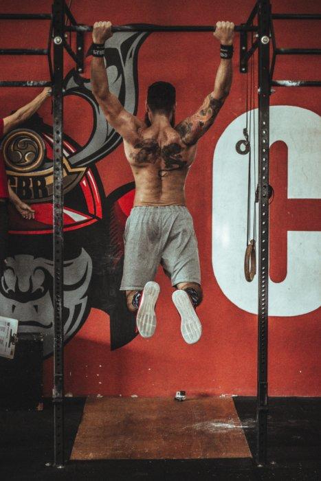 背筋トレーニングで鍛えられる部位③脊柱起立筋(せきちゅうきりつきん)