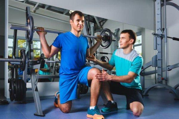 中間広筋を鍛える上で効果的な筋トレ回数と負荷・呼吸・頻度に関して