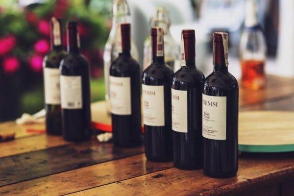ポリフェノールが豊富なチョコレートや赤ワイン、コーヒー、ココア