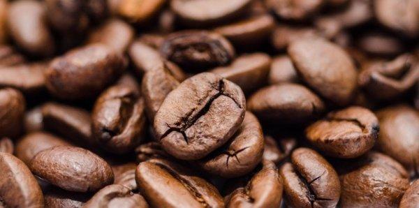 コーヒーやチョコレート、りんごやお茶類
