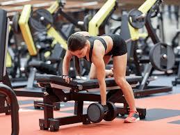 ワンハンドローイングの特徴③「より広い可動域を意識したトレーニングが可能」