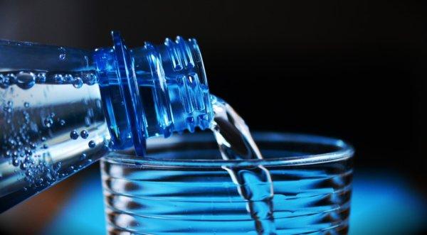 プロテインおすすめの飲み方①水