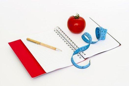 食事を記録して自分の食事量を知る