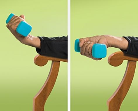 リストカールの効果的なポイント①「手関節動作のみで行う」