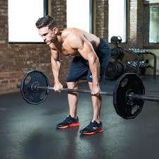 リアデルト(三角筋後部)を効果的に鍛えるコツ④「背筋群に予備疲労を作る」