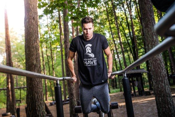 家トレと公園トレーニングのメリットとデメリットとは?