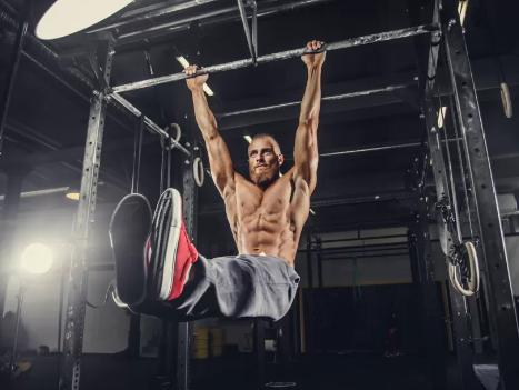 ジムで鍛える腹筋トレーニングのメリット②「腹筋のパックの肥大化」