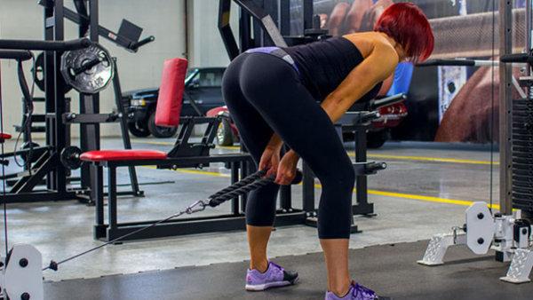 ジムトレでお尻を鍛えるトレーニングのメリット①「豊富な設備を利用できる」