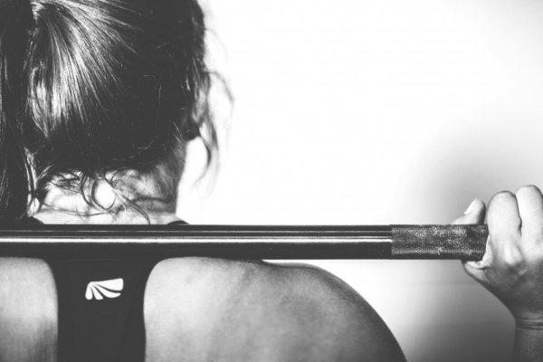 筋トレが招く腰痛予防方法②フォームを正しくする