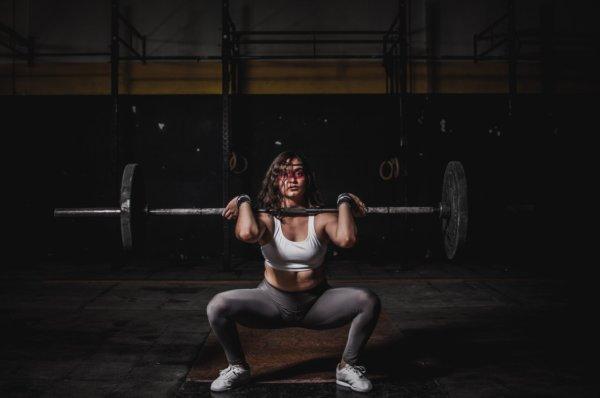腰痛の原因③筋トレフォーム