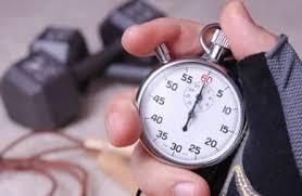 脂肪燃焼効果を最大化するためのコツ①「セット間のインターバルを短くする」