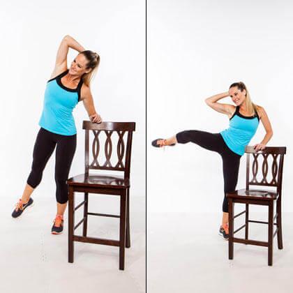 椅子を使って取り組める効果的な種目⑨「スタンディング・サイドクランチ」