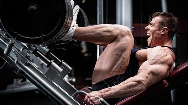 改善方法「膝の角度が90度よりも深くなる位置にシートを調整する」