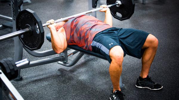 大きな筋肉を鍛えるメリット④「小さな筋肉も同時に鍛えられる」