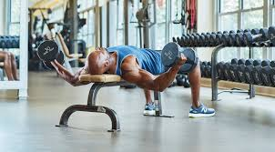 改善方法「肘を8割程度伸ばした角度で固定し、肩関節だけで動作する」