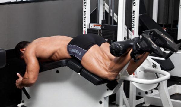 ありがちな間違い「足首パッドを膝が十分に曲げられる位置に調整できていない」