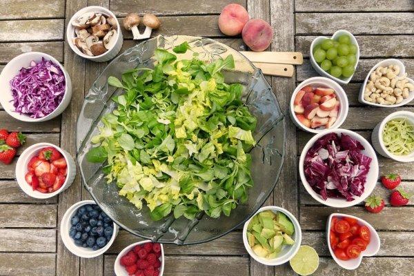 美しい腹筋を手に入れるための食事のポイント