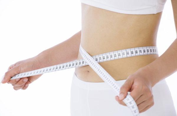 腹斜筋を鍛えるメリットと効果②「下っ腹・ポッコリお腹解消」