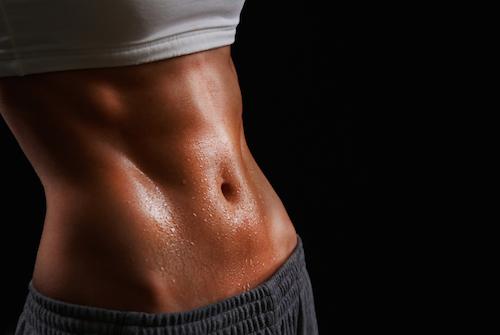 腹斜筋を鍛えるメリットと効果①「くびれのあるウェストを強調できる」