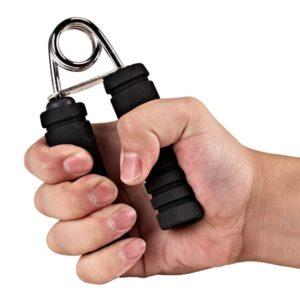 前腕を効果的に鍛える種目①「ハンドグリップ」