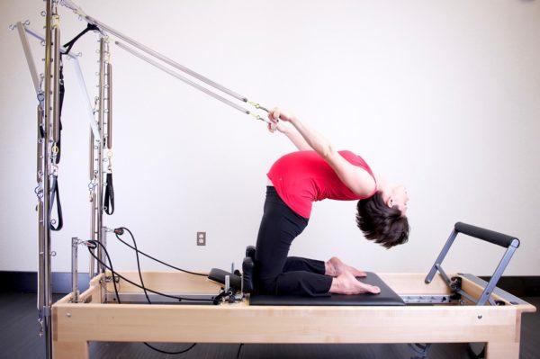 懸垂ができない時の練習方法①ベンチを使う
