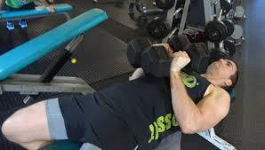 大胸筋内側の筋トレ効果を高めるコツ③「一つの種目を最低でも5セットは行う」