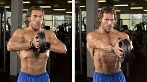 大胸筋内側の筋トレ効果を高めるコツ①「コントラクト(収縮)を意識する」