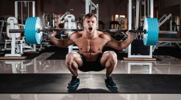 脊柱起立筋を鍛える効果とメリット⑤「ウェイトトレーニング・重量挙げ競技にも大切」
