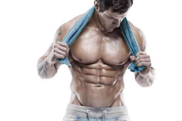 大胸筋下部を鍛えるメリット・効果②「かっこいい形の胸板を作れる」