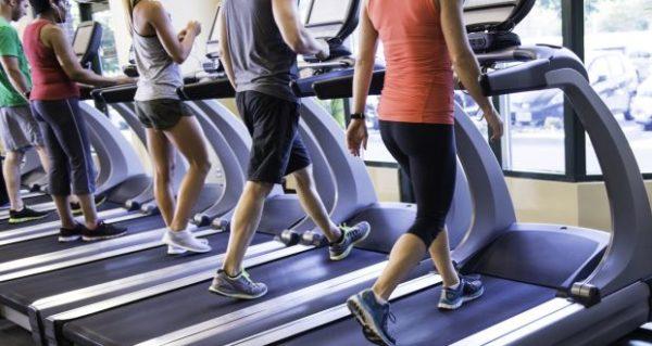 有酸素運動のやりすぎは「筋肉を分解する」