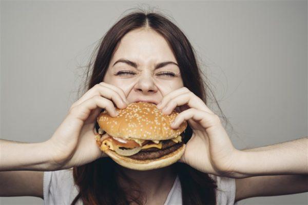 筋トレの効果・メリット㉓「食事がより楽しめる」