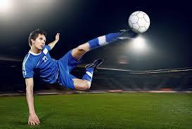 背筋を鍛えるメリットと効果⑤「日常生活・スポーツ競技にも効果的」